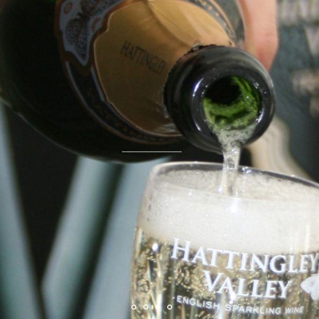 Hattingley Valley English Wine Pour